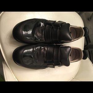 Kenneth Cole Fashionable Black Leath Men's SZ 9.5